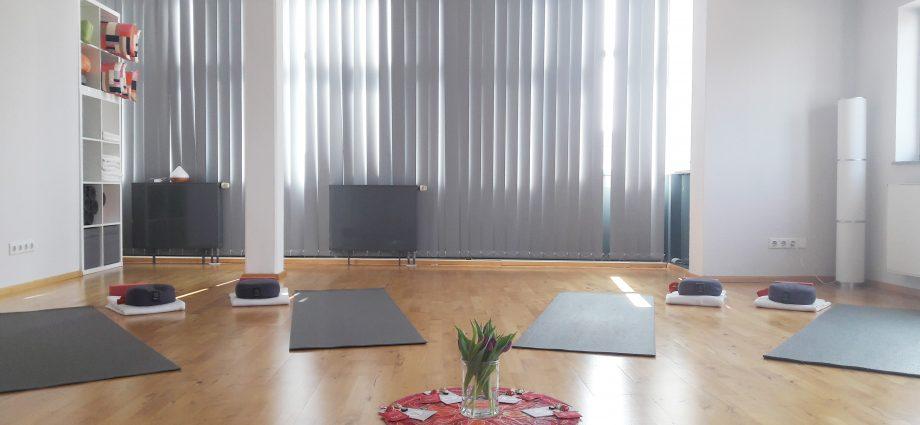 Familien-Yoga-Event